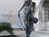 Osijek statue